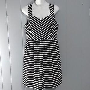 ELLE women's dress Size M